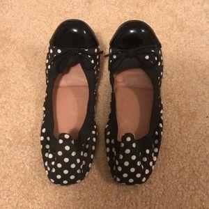 Aldo Shoes - Black and white flats